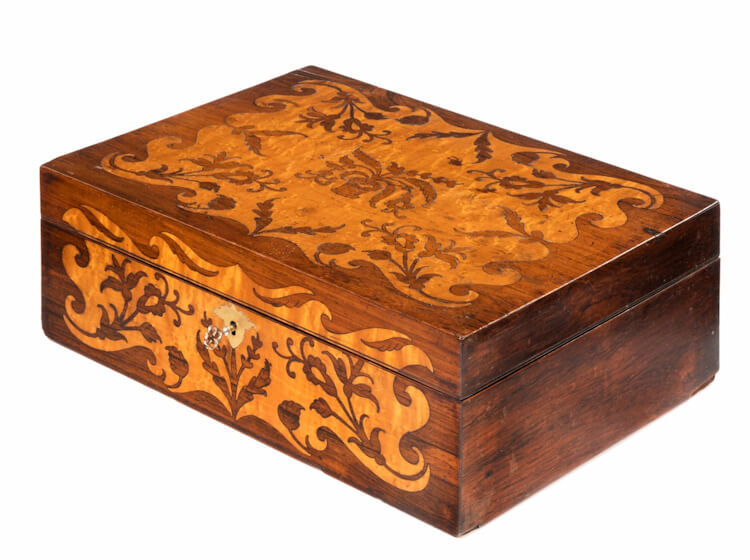 Search antiques made from Rosewood